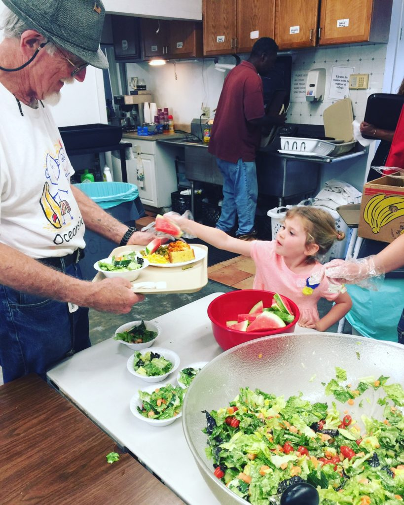 Kids service projects - serving the homeless