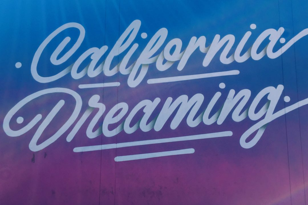 California Dreaming Mural in Los Angeles Popular with Instagrammers